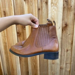 ASOS Brown leather chelsea boots - 7
